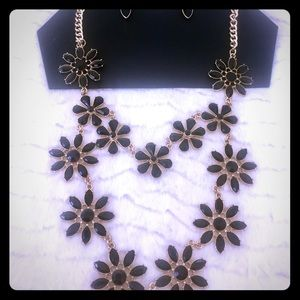 Gold and Black Necklace Set